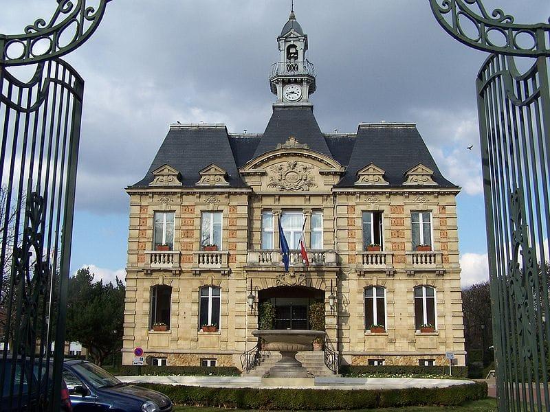 La mairie du Vésinet